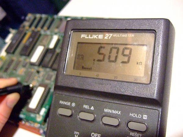 Radio Shack Capacitance Meter : How to use a digital multimeter test resistor it