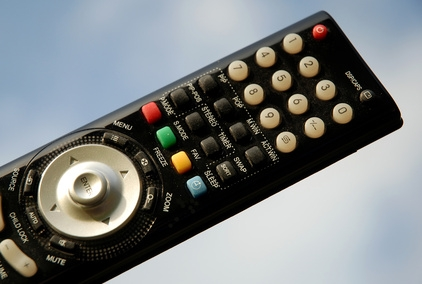 bHow to Program a Philips CL034 Universal Remote