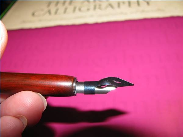 How To Put Tips On A Calligraphy Pen Our Pastimes