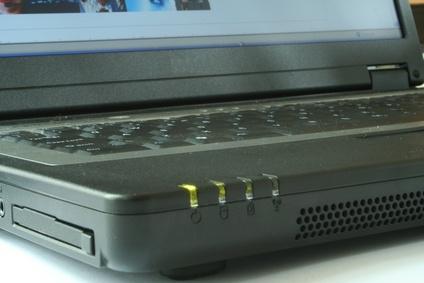 bHow to Take Apart ASUS Laptops