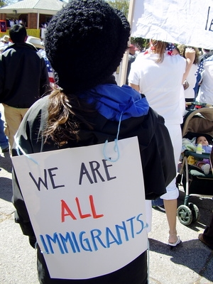 benefits disadvantages of immigration Advantages & disadvantages of modernization  disadvantages to immigration in the us synonym,  the benefits and challenges of urbanization.