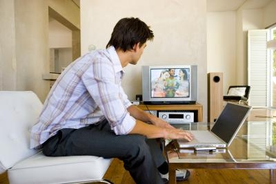 bHow to Speed Up Streaming Video Buffering
