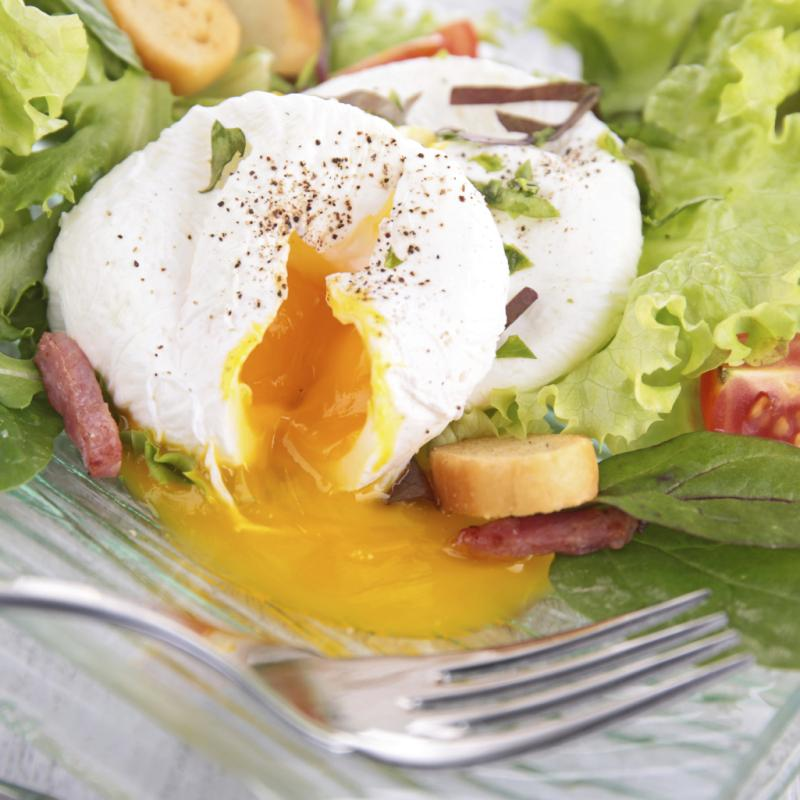How Many Calories Does a Poached Egg Have? | LIVESTRONG.COM