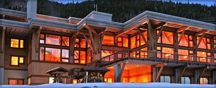 CMH Heli-Skiing Monashee Lodge