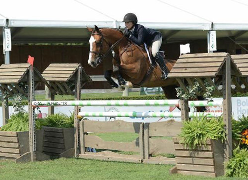Rachel McMullen won the Platinum Performance / USEF Talent Search sponsored by The Atlantic Southampton. © Shawn McMillen.