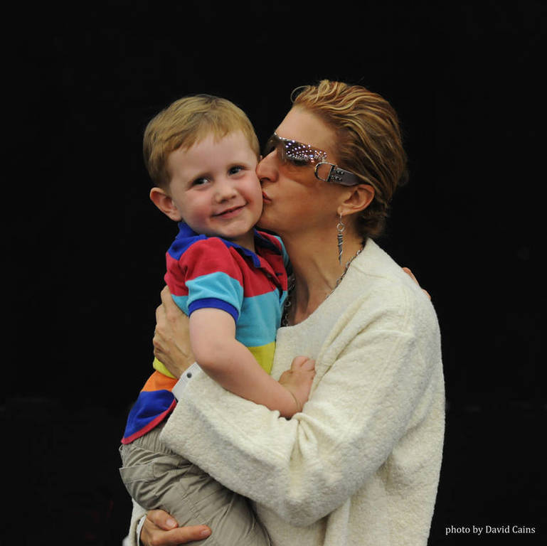 """Getting another smooch from the """"smoocher"""" Lisa Abraham"""