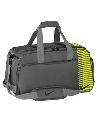 Nike sport duffle bag