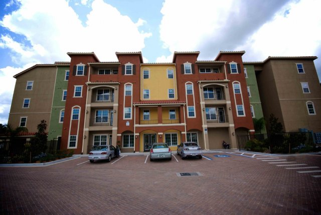 Apartments Near Paul Mitchell the SchoolTampa College Student