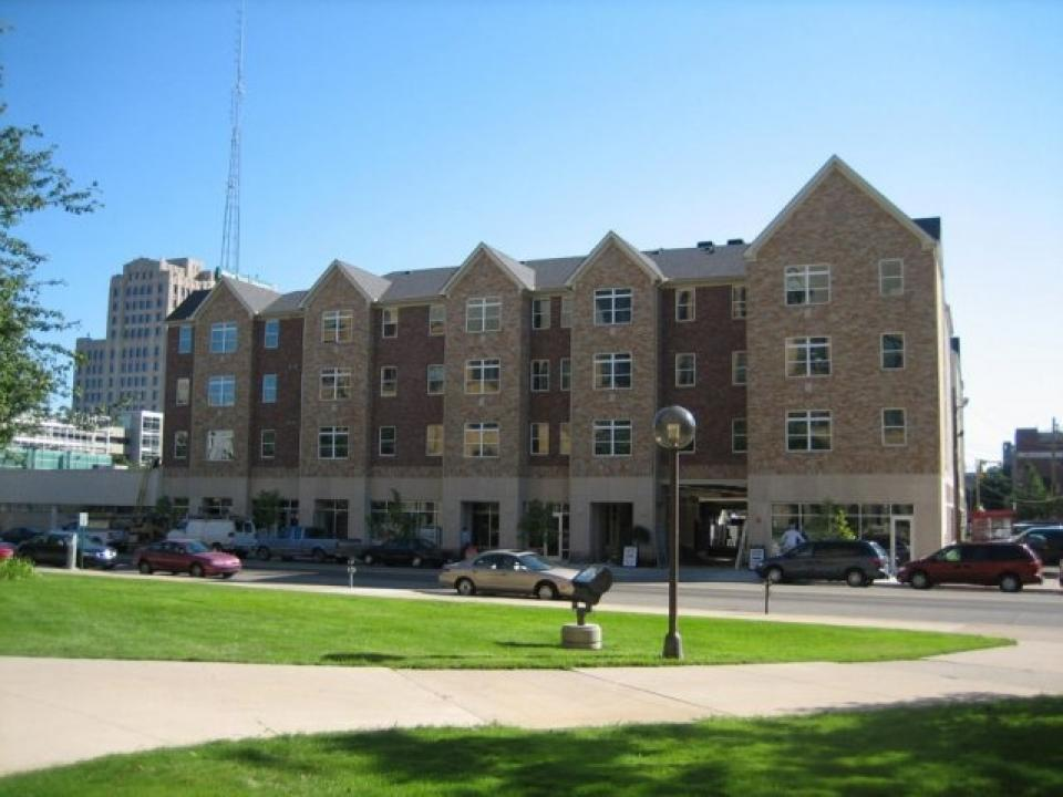 College Apartments In Dearborn College Student Apartments