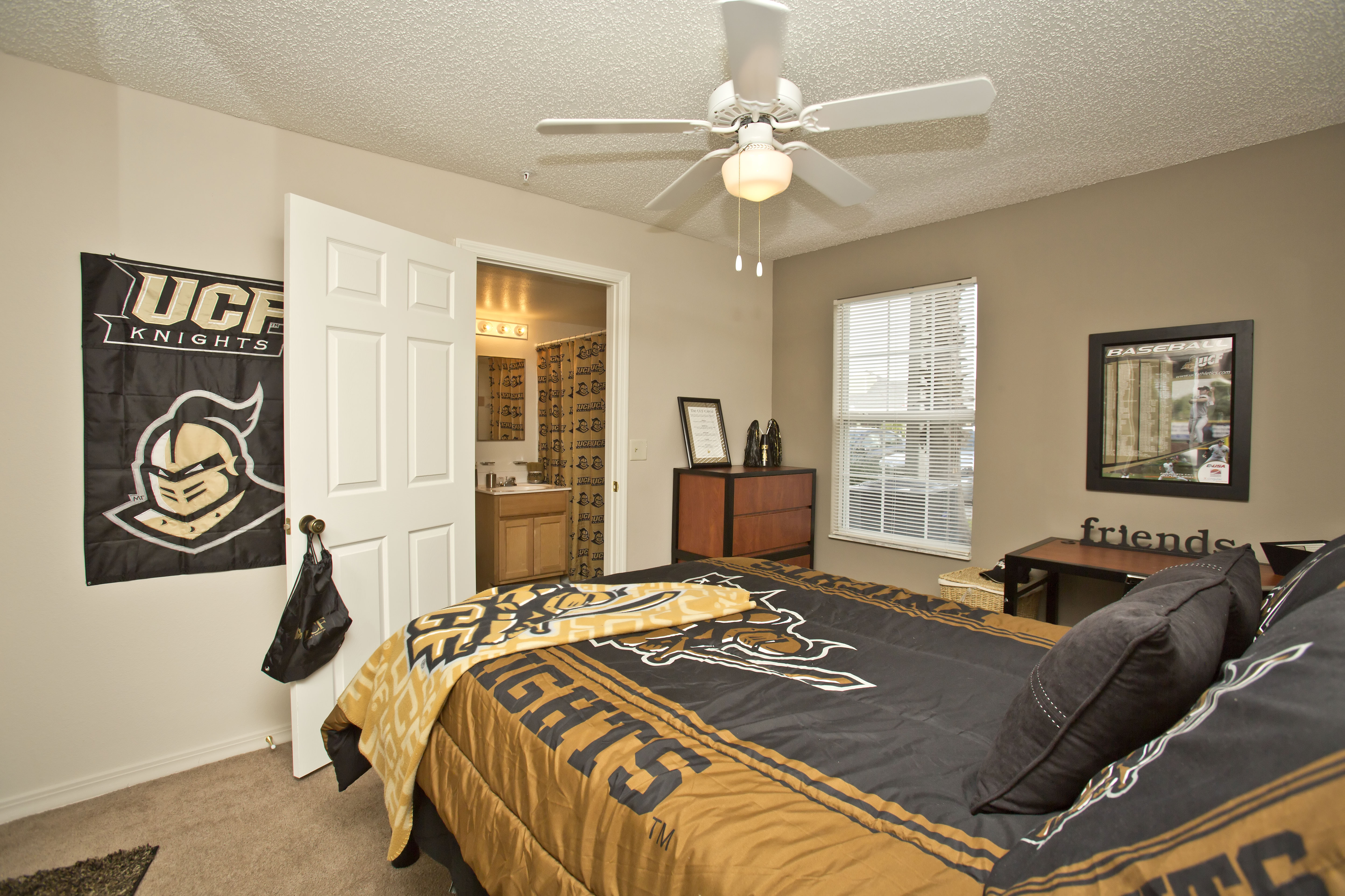 Sublets for university of central florida students college student apartments for One bedroom apartments near ucf