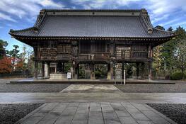 Narita_temple_one