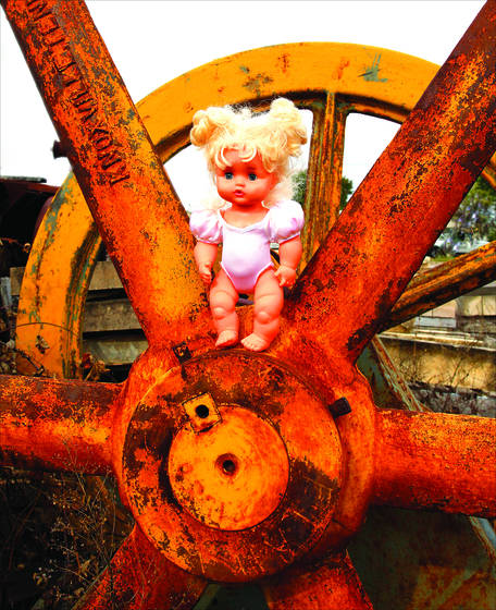 Doll   rusty wheel
