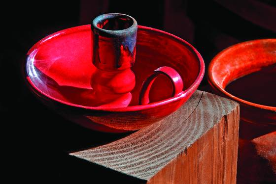 Red_candle_holder