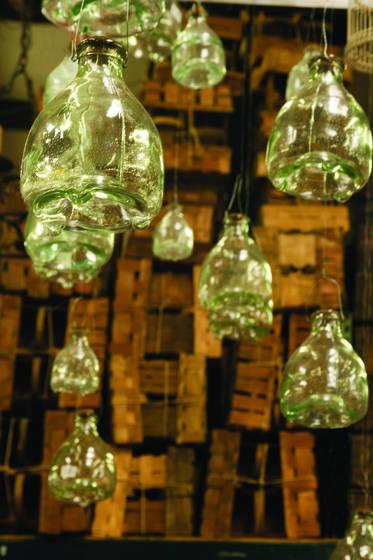 Hanging_bottles
