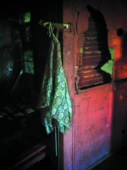 Forgotten_apron