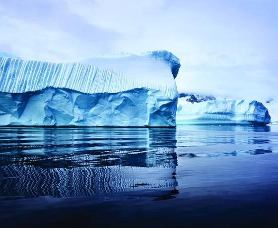 Iceberg_antarctica