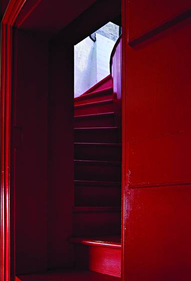 Red_stairs