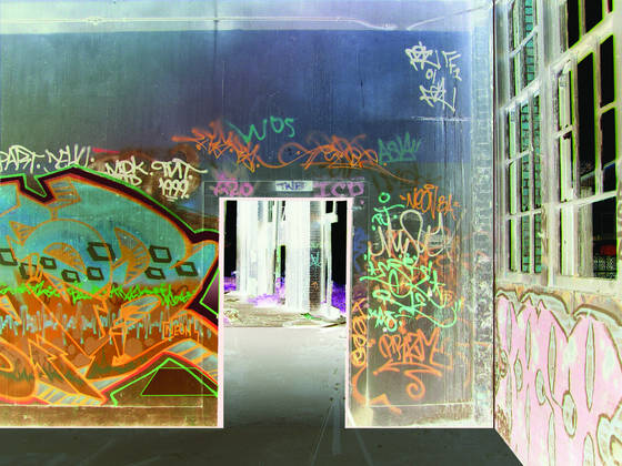 Graffiti_doorway