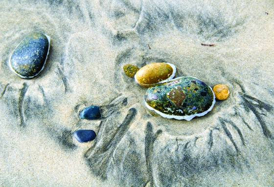 Sand_and_stone_composition_5