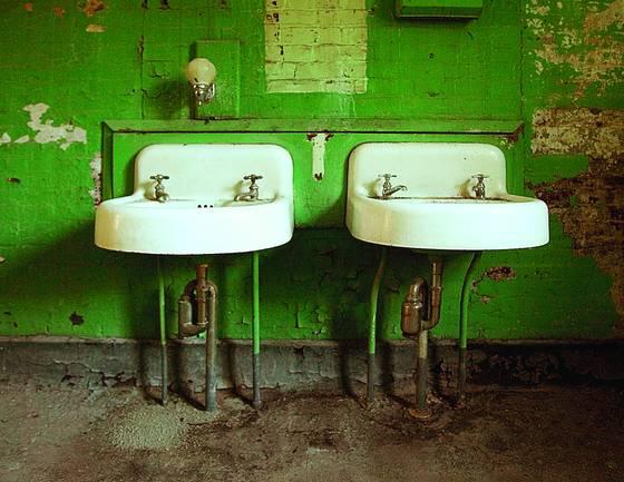 Twin_sinks