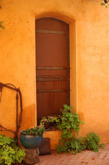Rusty_door