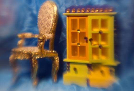 Miniature_furniture