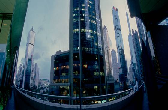 Reflection_of_hong_kong