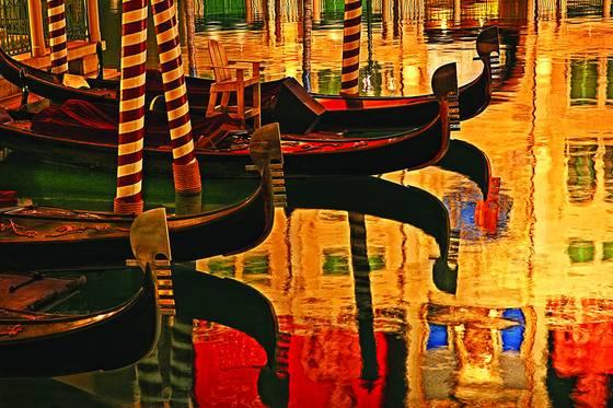 Venetian_gondolas