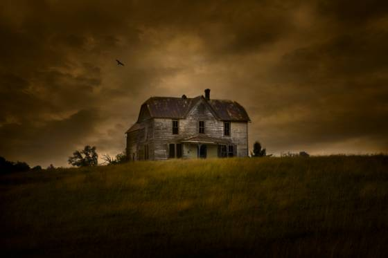 Abandoned_farm_house