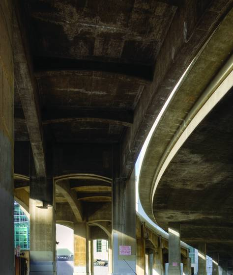 Under_the_freeway