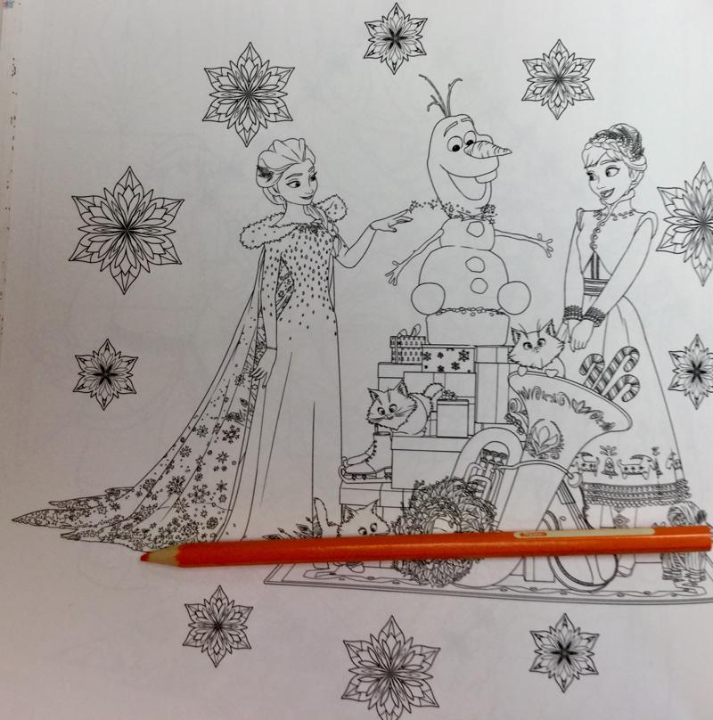 disney girls coloring book review 4447 - Disney Girls Coloring Book Premium Review