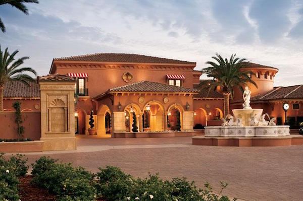 The Clubhouse Grill at the Grand Del Mar