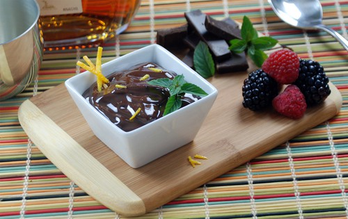 Dark chocolate mousse foam