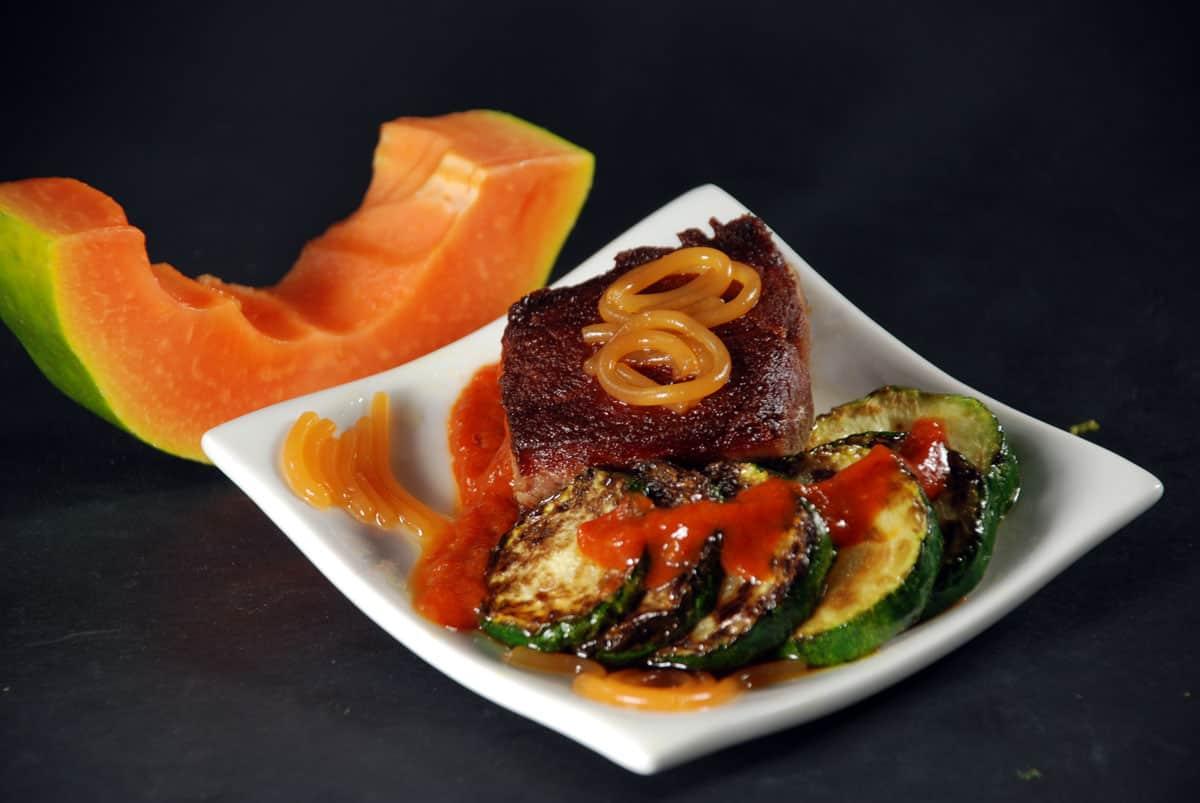 Steak with papaya noodles