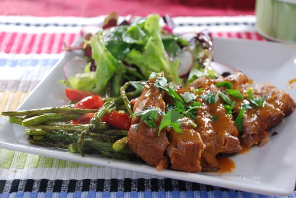 Pressure cooked pork xanthan sauce
