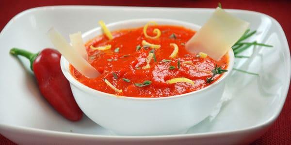 Roasted red pepper foam soup