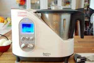 Bellini cooker cedarlane in use