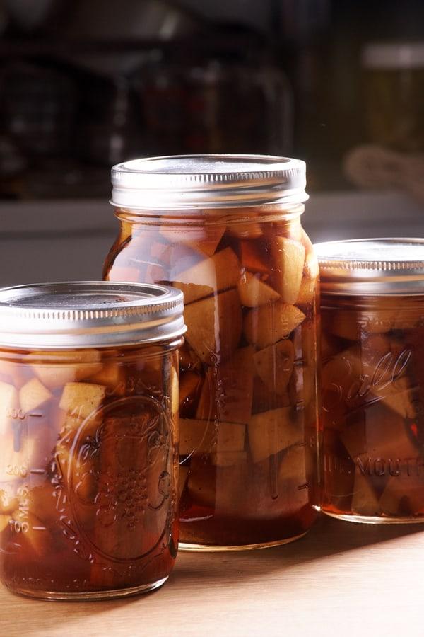 Sous vide apple pie bourbon 1