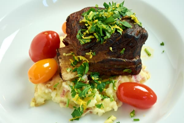 Sous vide short ribs mashed potatoes 11