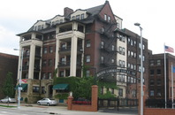 Stockbridge_apartment_building