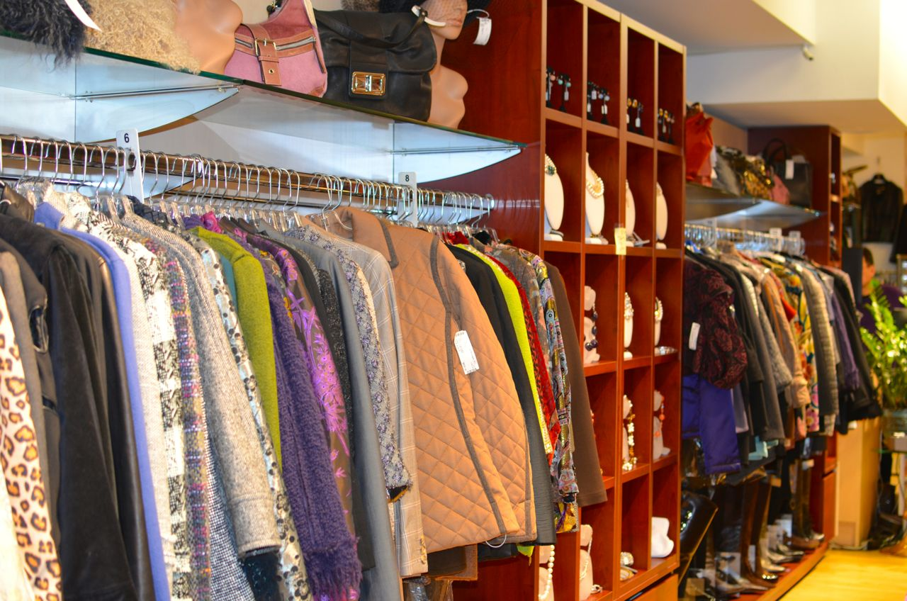 La Boutique Resale high end consignment new york city nyc east village upper east side