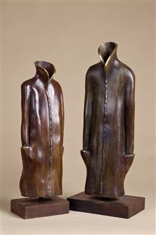 Anita Birkenfeld - Robes (couple) Bronze, Sculpture