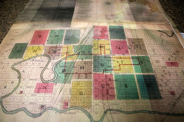 Historic maps of Guthrie show street names and other landmarks -- but no tunnels.