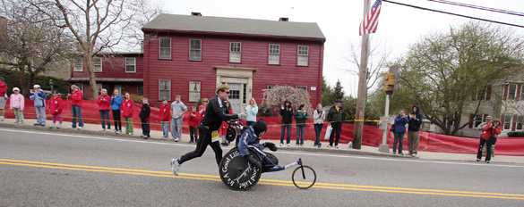 Dick and Rick Hoyt Runing