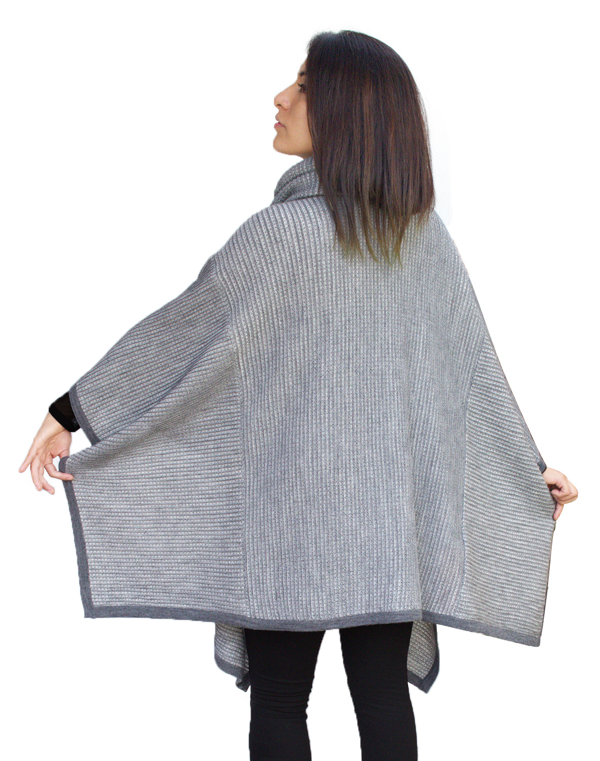Womens Superfine Alpaca Wool Knitted Turtleneck Poncho