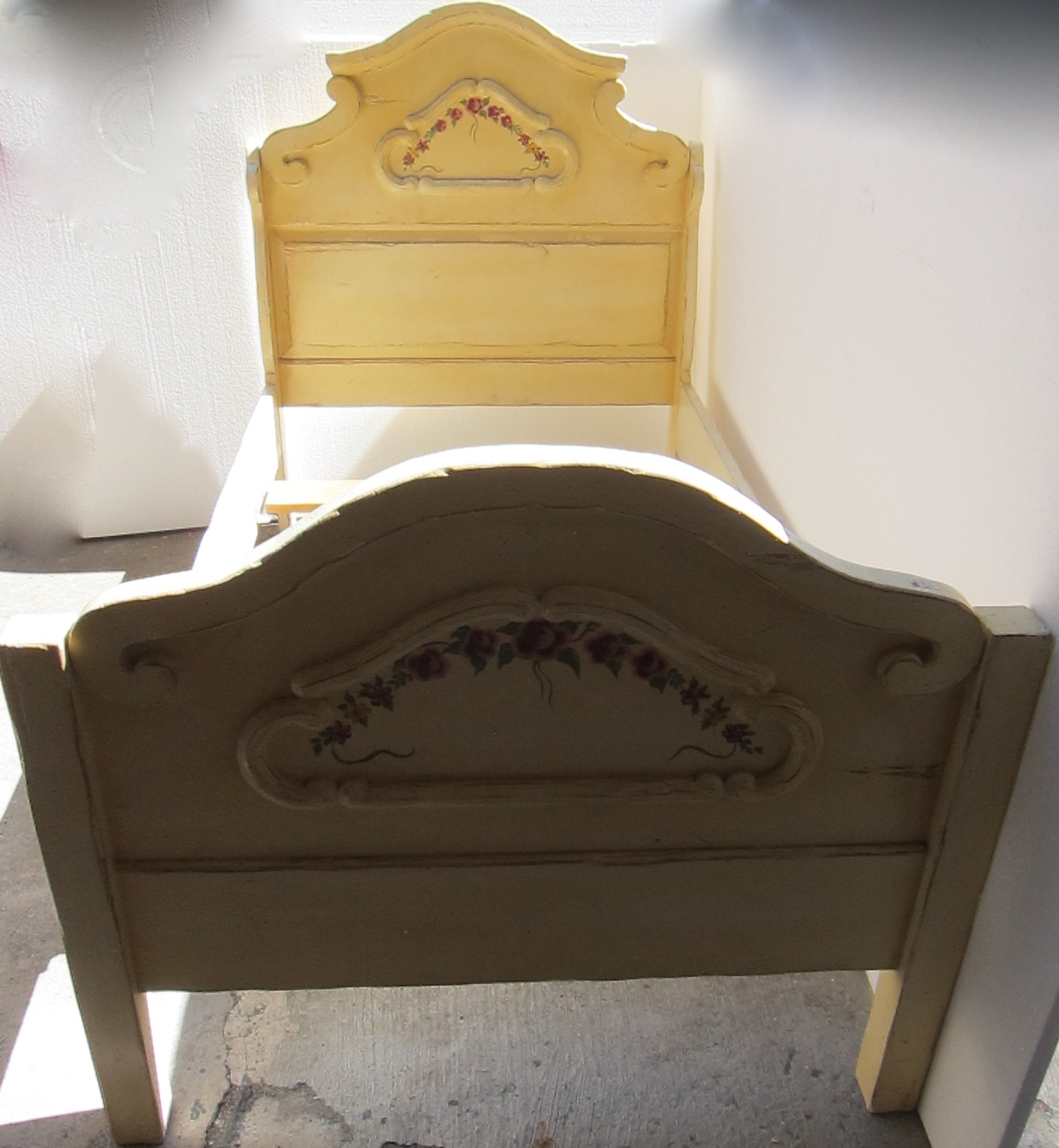 White Antique Bed Frame : Antique beds bed frames kids twin white wooden