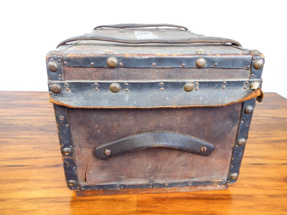Vintage Small Steamer Trunk Storage Chest Luggage Coffee Table Cad Picclick Ca
