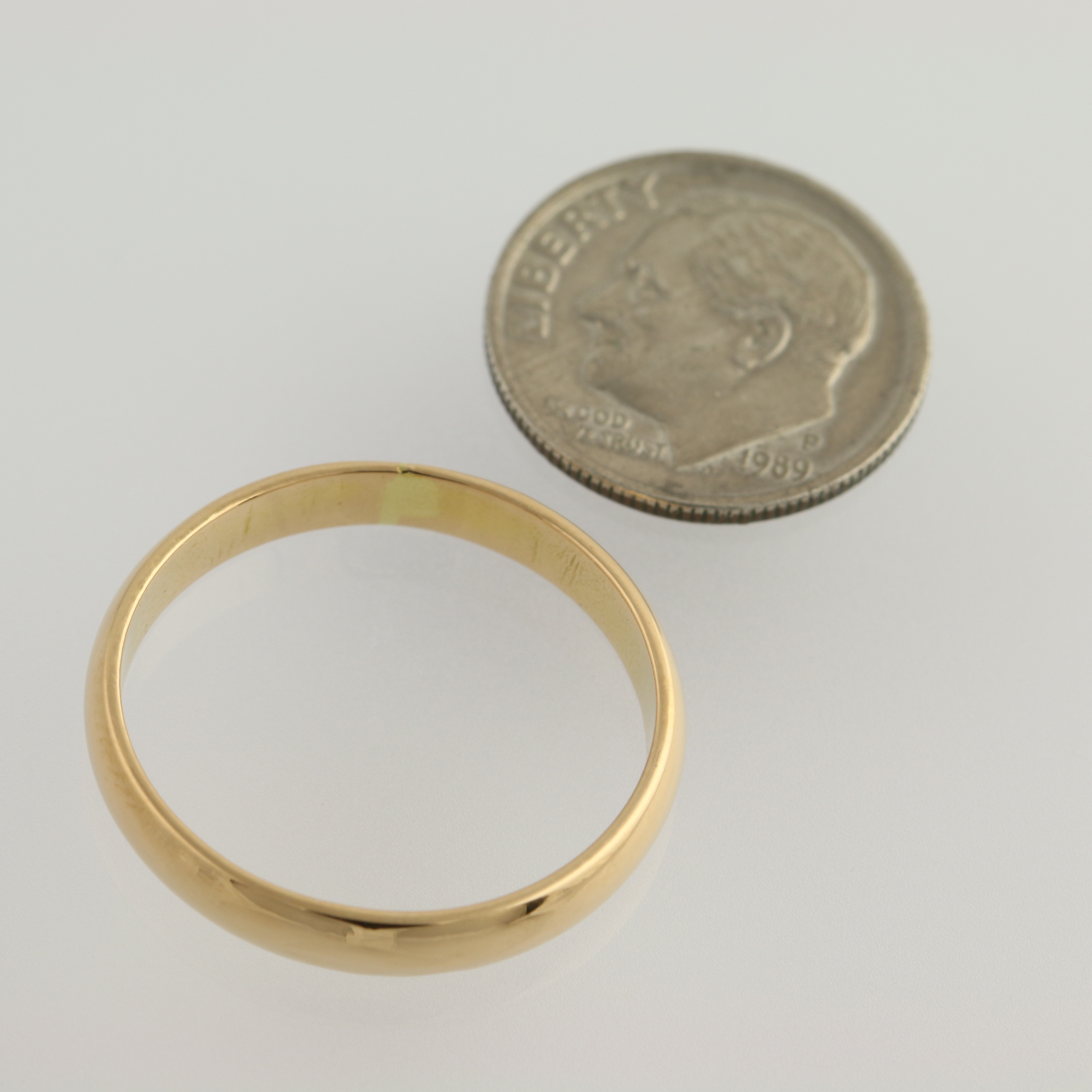 classic gold wedding band 21k yellow gold s 10 1 2