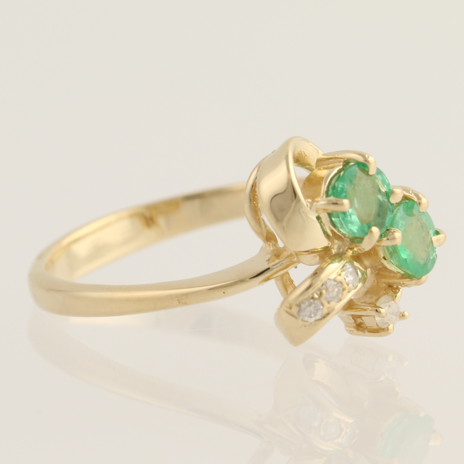 emerald ring 14k yellow gold bypass may