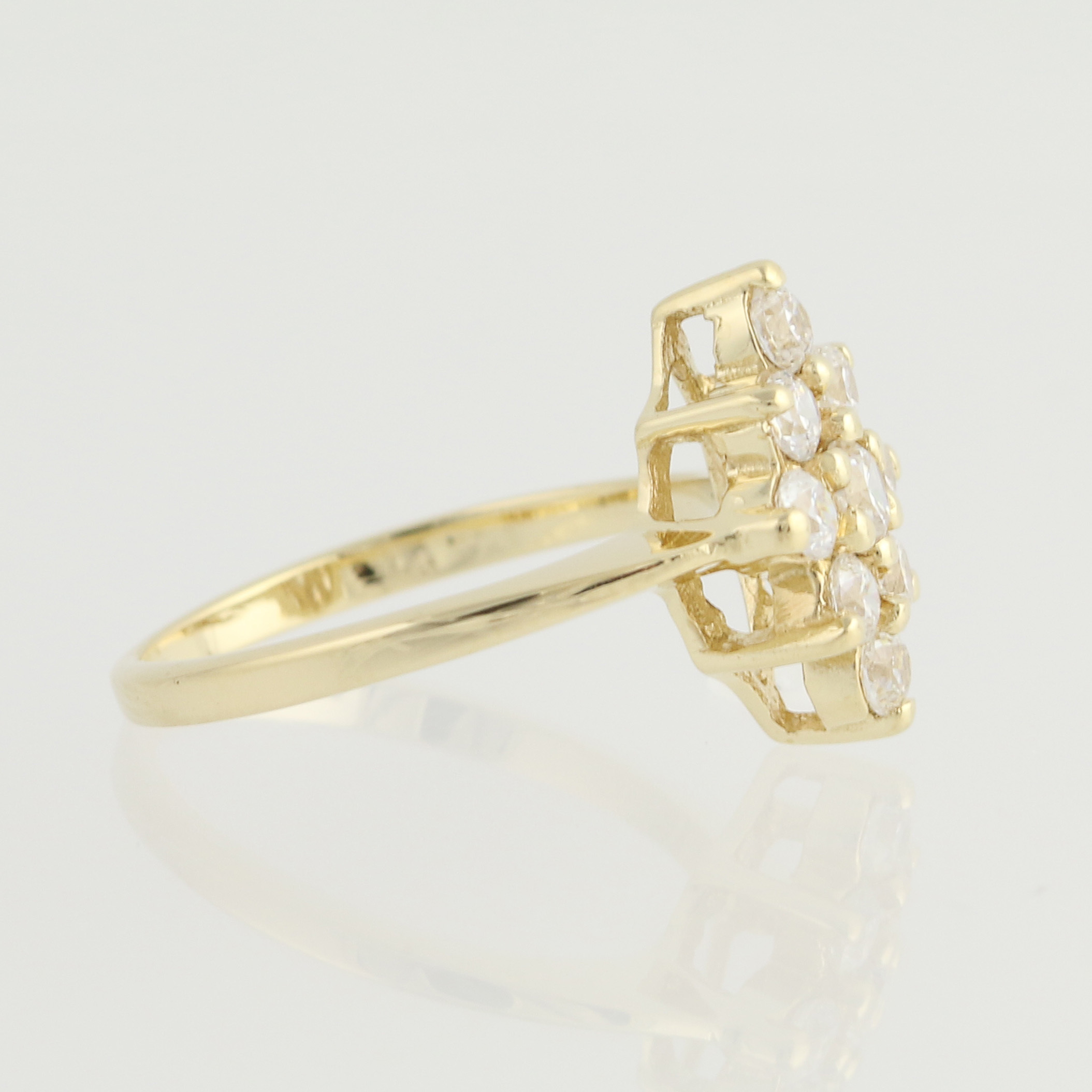 cubic zirconia cluster ring 14k yellow gold s size